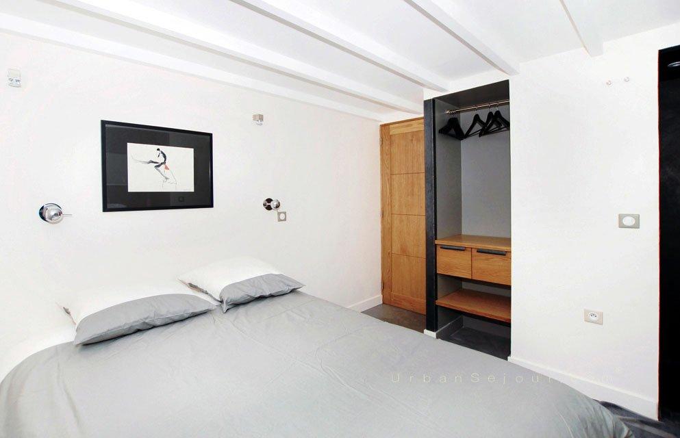 Anouck Charbonnier - Aménagement d'une chambre dans un studio sur cours